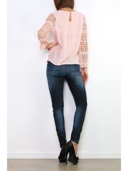 Bluza roz pal cu maneca din dantela