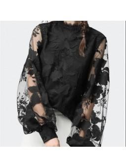 Bluza neagra eleganta din...