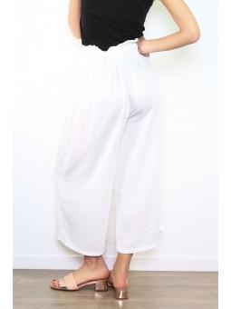 Pantaloni albi de vara